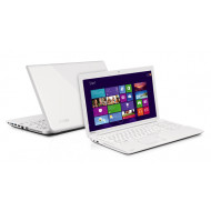 "Toshiba Satellite C55-A-1J8 White Intel Core i3-3110M,NO HDD,6GB,DDR3,Foglalat:2db,Max.16GB,15,6"",LED,1366x768,DOS,DVD Super Multi,AUDIO,Nvidia GeForce GT 710M 2GB,WLAN,10/100Mb,Bluetooth,2xUSB,1xUSB 3.0,2,3Kg  - használt"